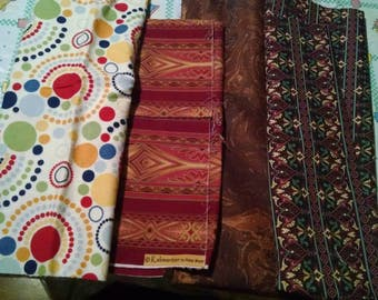Mixed lot of fabric pieces