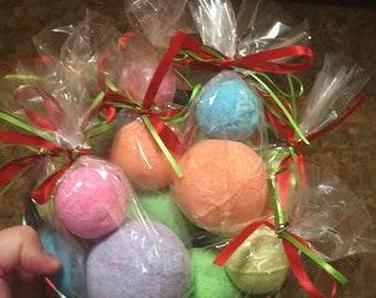 SET of 2 BATH BOMBS