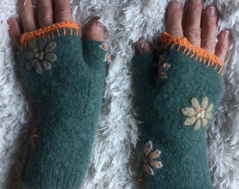 Green  60's Retro Fingerless Gloves, Upcycled, Felted Wool, Orange Embroidery