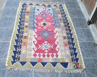 Free Shipping! Kilim Rug  Oushak Rug Vintage Hand Woven Turkish Rug Turkish  Rug Vintage turkish rug kilim Rug   5.6 x 3.3 feet        e:76