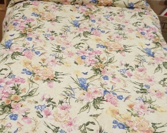 Two Flowers, Reversible single quilt