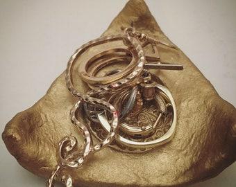 Jewelry plate gold / jewelry dish gold