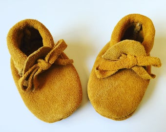 Moccasins, Baby Moccasins, Baby Moccasins Shoes, Moccs, Leather Toddler Moccasins, Kids Moccs, Hipster Baby Clothes, Coming Home Outfits