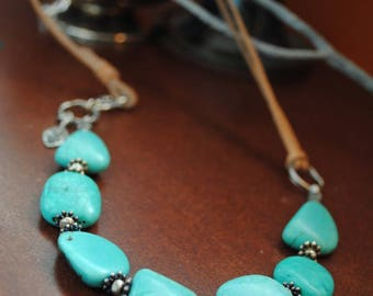 Turquoise Jewelry, Turquoise and Leather, Turquoise and Sterling Silver Necklace on Leather, Boho Style Jewelry, Southwestern Style Jewelry