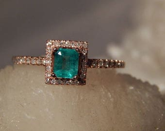 Ladies .90 Ct. Emerald Cut Faceted Columbian Emerald and Diamond Ring 10K Solid Rose Gold