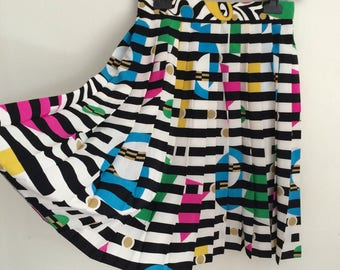 Vintage Louis Féraud Couture Paris Pleated Striped Print Skirt Black White MultiColor FR 38 US 6 UK 10