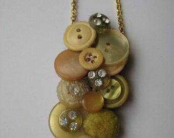 Gold toned button necklace