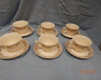ROYAL CHINA Warranted 22k-GOLD Duane Pattern Cup and Saucers 6 sets total of 12 Pieces National Brotherhood of Operative Potters Union Seal