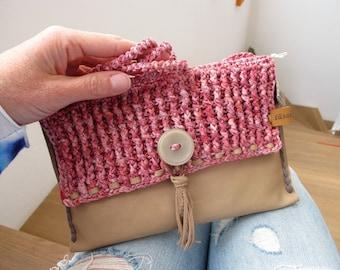 Bag, leather bag, soft calf leather, cotton Ribbon, cross body, Henkel, handmade, crocheted, Lederquuaste, rosé, wool, button