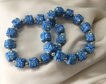 SALE Cornflower blue stretch floral bracelet - Spring summer romantic bracelet - Mint condition bracelet