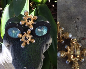 St johns Gold tone and faux pearls Nautical clip on earrings