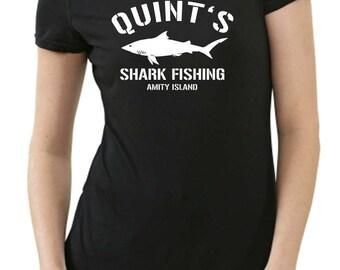 Quint's shark fishing amity Island ladies T-Shirt