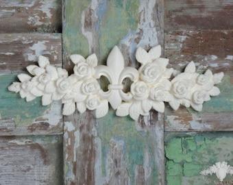 Shabby Toulouse Rose & Fleur De Lis Swag