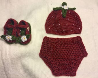 Strawberry hat, strawberry booties, 6-9 month strawberry set, strawberry outfit