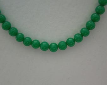 Necklace vintage Napier green bead