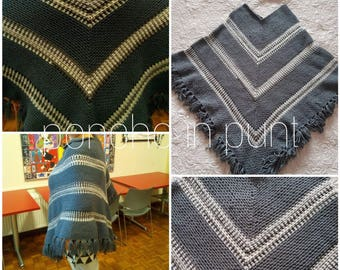 Crochet Poncho in a point