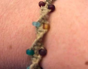 Spiral beaded hemp bracelet