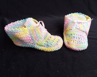 Multicolor CROCHET BABY SHOES 0-3 months