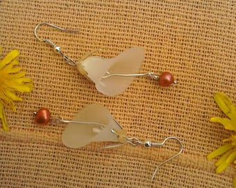 Calla Lily lucite and freshwater pearl dangle earrings in white