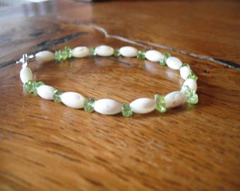 Mother of Pearl & Peridot Bracelet with Sterling Silver bolt ring fastener presented in gift bag