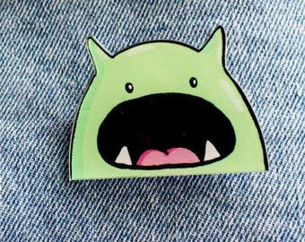 Big mouth acrylic pin (brooch)