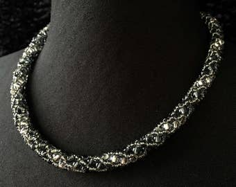 Glass - black Crystal beads necklace