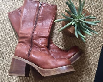 90's Vintage Brown Leather Platform Boots