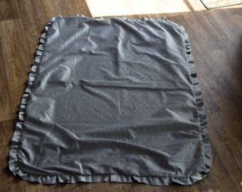 Nevermore ruffle blanket