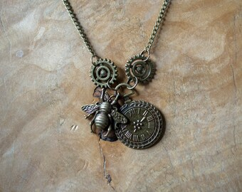 Steampunk Bumblebee Necklace, Steampunk Necklace, Steampunk Jewellery.