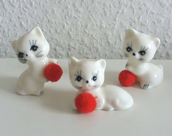Vintage kitten with red ball 3 piece cats 70s white ceramic