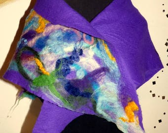 Felt cloth purple with flower ornament