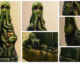 Realistic painting Cthulhu on Square Stand