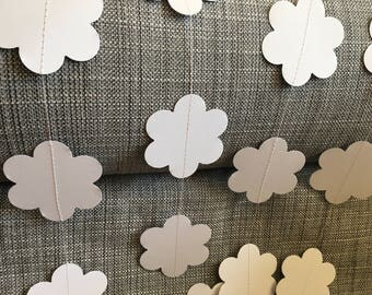 Flower Paper Garland, All white , Nursery, Bridal Shower, Baby Shower, Party Decorations, Birthday Decoration, White Party