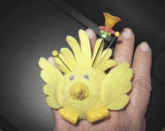 Yellow Birdie Finger Pincushion
