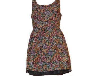 Gorgeous vintage tea style mini dress