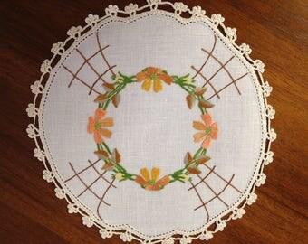 Vintage hand-embroidered doily, autumn tones, 21 cm round