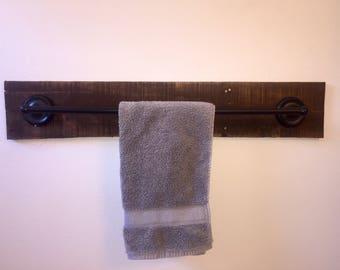 Towel Bar - Pallet Towel Bar - Rustic Towel Bar - Rustic Bathroom Decor