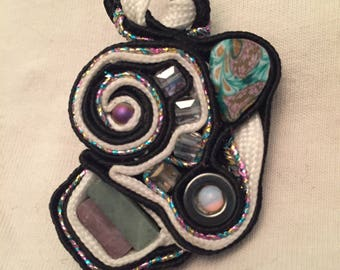 Natural Stone and Fimo Clay Pin / Pendant Glow in Dark /  Black light reactive