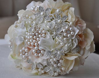 Blush... wedding bouquet.