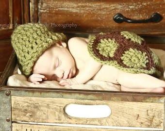 Box Turtle crochet photo prop