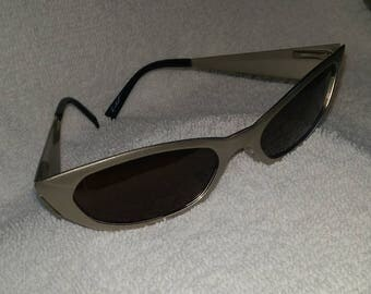 New  ARNETTE Vintage Mantis Cat Eye Sunglasses Metal Frames New Old Stock SIGNED