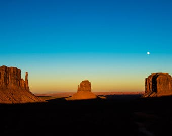 Monument Valley Sunset with Moon (Metal Print)