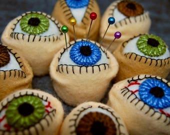 FREE SHIP Eyeball Bottlecap Pincushion made to order