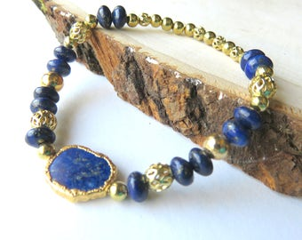 Gold Lapis Stretch Bracelet, Cobalt Blue Gemstones, Stackable, Lapis Gemstone Jewelry, Blue and Gold Fashion Statement,Gold Gemstone Jewelry