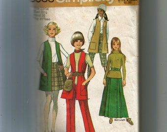 Simplicity Teens' and Juniors' Skirt In Two Lengths, Vest-Coat and Pants Pattern 8983