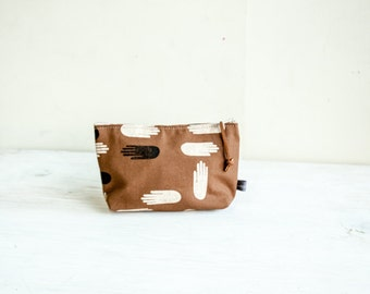 Las Manos Cosmetic Bag