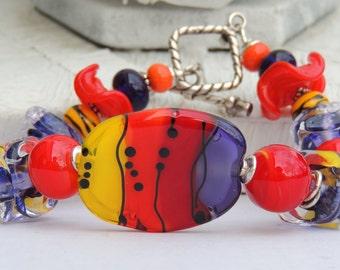 HOT FLASHING Handmade Lampwork Bead Bracelet