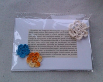 Wuthering Heights Literary Greetings Card with White Flower Bookmark