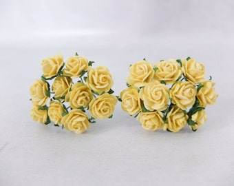 20 Mulberry yellow roses (15mm)