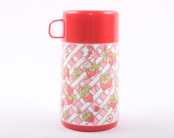 Strawberry Shortcake, Aladdin Thermos, Strawberries, Gingham, Pink and Red, Picnic, Vintage ~ The Pink Room ~ 161001